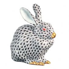 Herend Porcelain Fishnet Figurine of a Rabbit Sitting